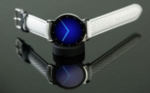 スマートなデザインを追求した時計